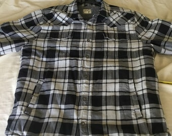 Lucky Brand Sherpa Lined extra warm black and gray flannel jacket size large in great shape. Free shipping