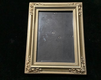 """Vintage 4""""x6"""" Photo Frame with Rose Accents"""