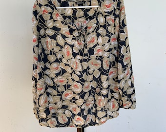 Womens Lucky Brand blouse in new condition. Free shipping