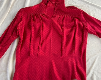 Vintage 1980s Anne Klein II silk shirt with shoulder pads. in good condition Free Shipping