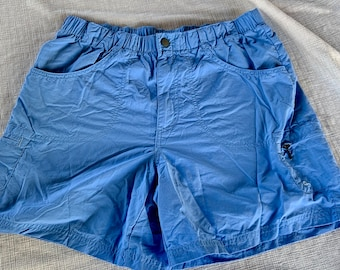 Women's Columbia hiking and adventure shorts in great shape. Free Shipping