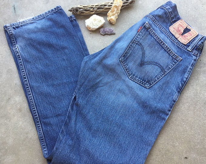 514 Levi's Jeans. Very cool soft and comfortable. Size 34 x 32 Free Priority Mail Shipping in the USA