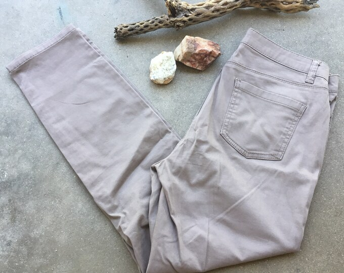 Women's Tan Buffalo by David Britton, Stretch Skinny, Size 6. Free Priority Mail Shipping in the USA