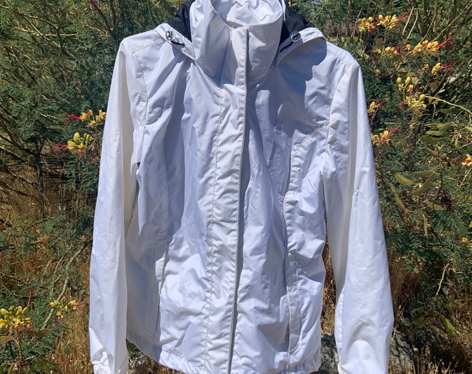 Women's Nautica Rain/Wind jacket, White. Free shipping