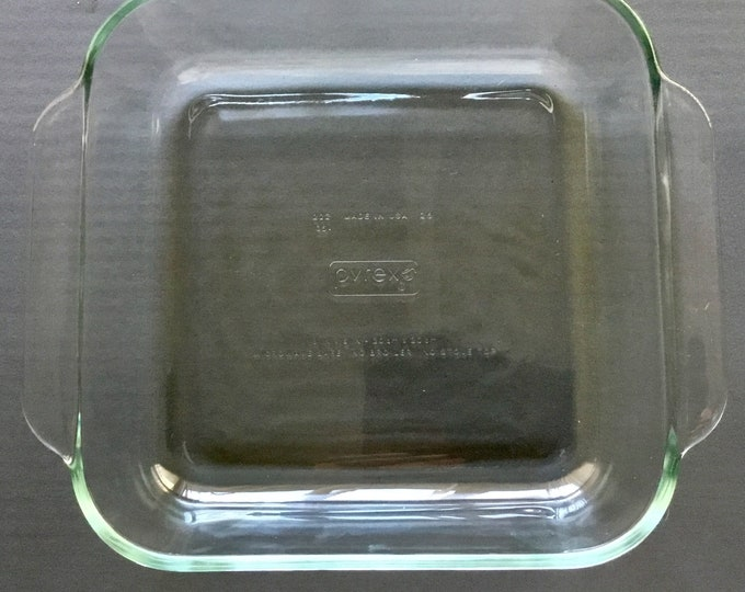 Beautiful Clear Aqua Pyrex square bakers dish 222 Good Condition. Free Priority Mail Shipping