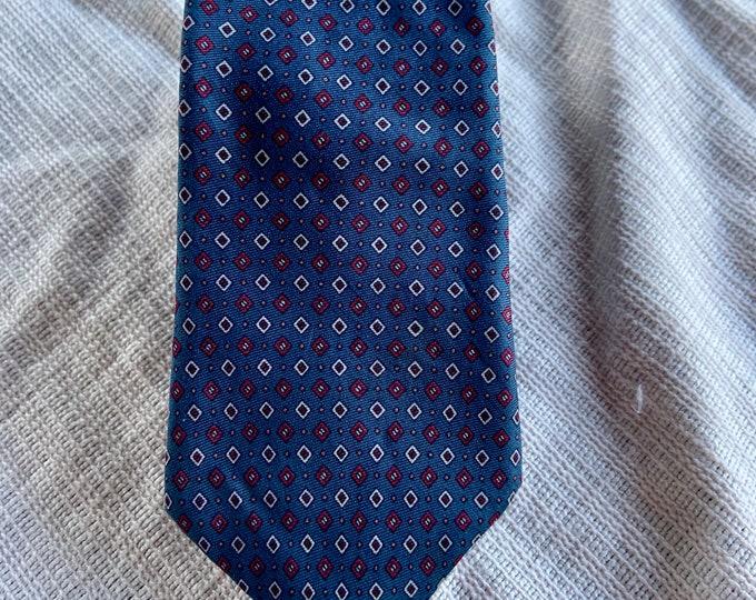 Vintage 1970s YSL Yves Saint Laurent tie in good vintage shape. Free shipping.