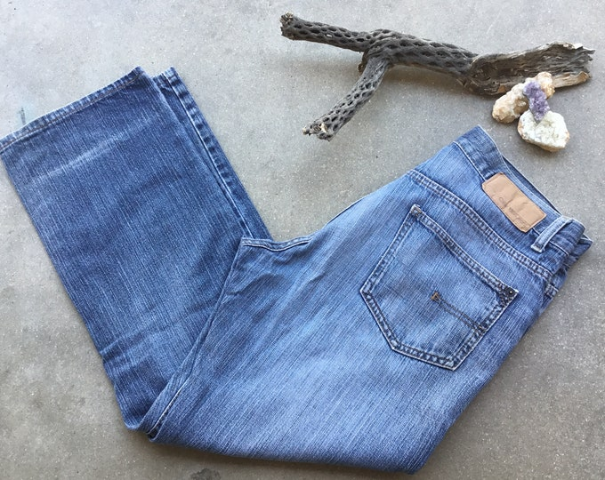 Men's Retro Calvin Klein Jeans, Straight Fit, Stonewashed & Distressed. Size 30 x 29. Free Priority Mail Shipping in the USA