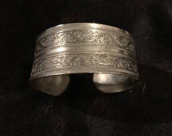 Silver Color Metal Cuff Bracelet with Impression Design, Joshua Tree