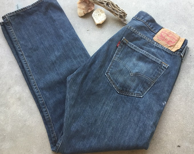 501 Levi's Jeans. Very cool soft and comfortable. Size 36 x 30 Free Priority Mail Shipping in the USA