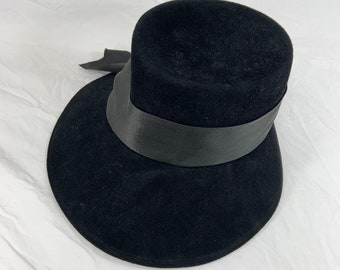 Vintage 1960s Leslie James Velour Bowler Hat, Luxury High Quality. Free Shipping
