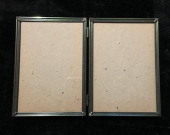 "Vintage Metal 5""x7"" Hinged Photo Frame, standing or hanging"