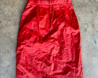 Vintage Petite Sophisticate red Leather Skirt in amazing shape. Size 6  Free shipping