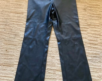 NWOT Dead Stock Kathy Ireland Faux leather pants, very comfortable, perfect condition, size 8 Free Shipping