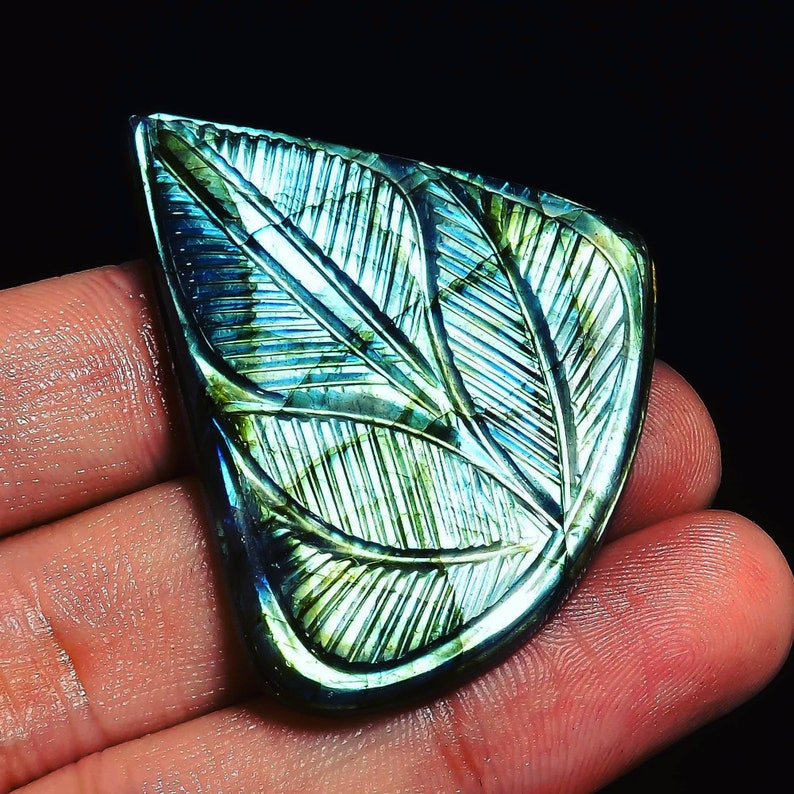 Marvellous Top Grade Quality 100/% Natural ChatoyantLabradorite Fancy Shape Carved Loose Gemstone For Making Jewelry 95 Ct 38X38X9 mm Z-1860