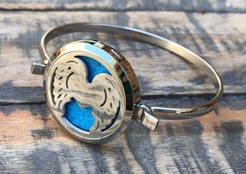 Angel Wings Diffuser Bangle~ Wings Essential oil Diffuser~ High Quality Stainless Steel Essential oil Diffuser Bangle Bracelet