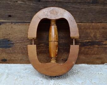 Antique wooden hat stretcher 7 1//8