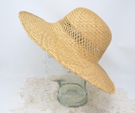 Vintage straw sun hat broad brimmed hat garden straw hat  a21d4da37