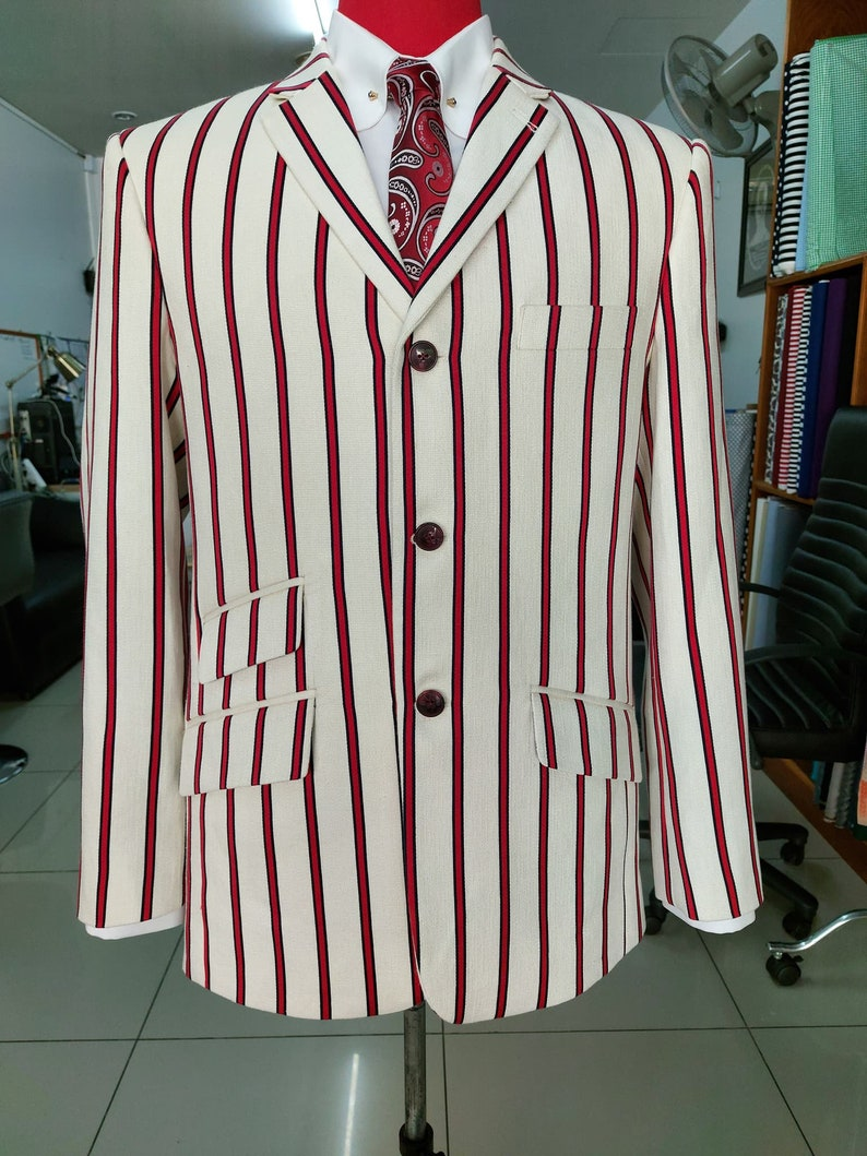 1920s Men's Suits History Red striped off-white blazer| 60s mod fashion tailored 3 button striped casual red off-white blazer jacket $206.57 AT vintagedancer.com