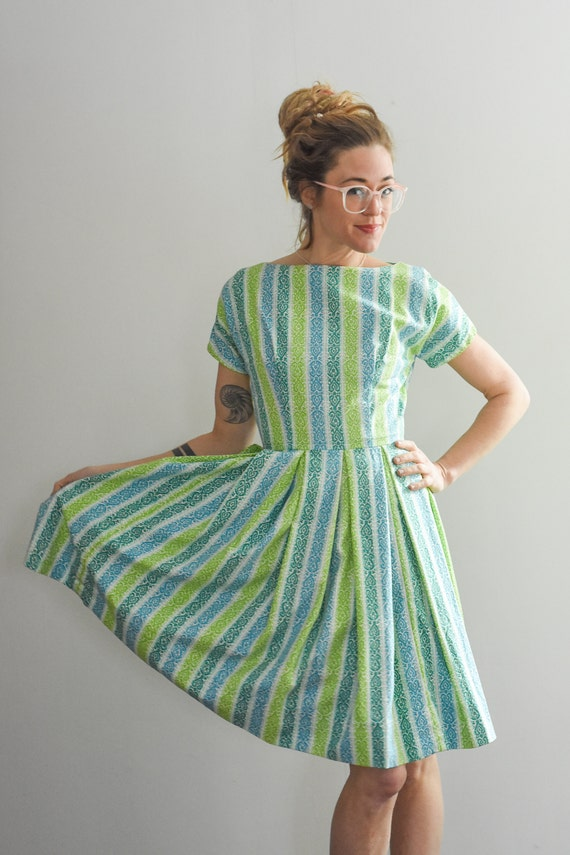 1950's Vintage Blue Green and White Striped Pleate
