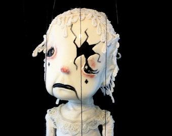 Verna, OOAK marionette