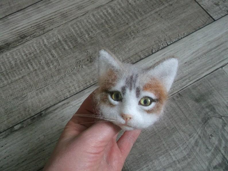 custom pet portrait cat cat felted needle felted cat cat portrait Brooch cat
