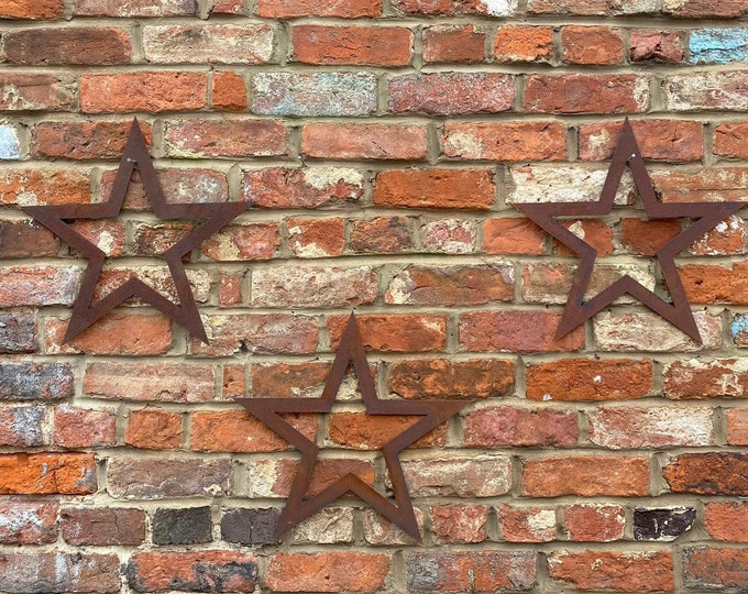 SPECIAL OFFER , 3 Rusty Metal barn STARS Garden Ornaments ,  garden decorations  , wall  or fence decorations , shabby chic stars