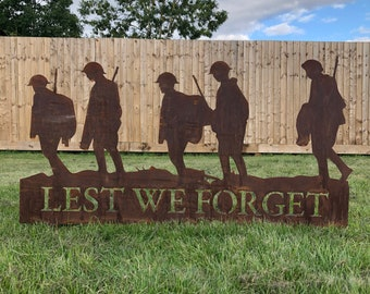 GARDEN DECORATION , Lest We Forget soldiers scene, Soldier statue  , Fathers day gift , Garden Statue , Garden Feature , fathers day present