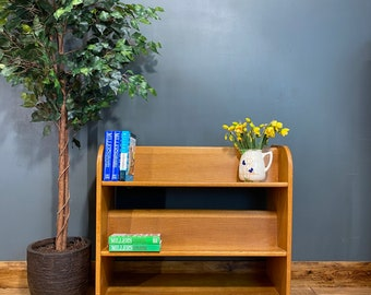 Mid Century Bookcase / Retro Oak Shelving Unit / Oak Shelves  / Display unit