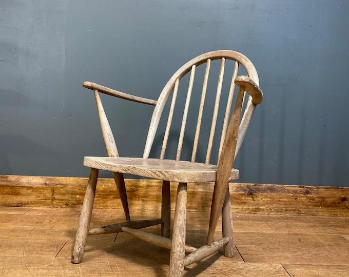 Utility Furniture Chair / Vintage Childrens Chair / Windsor Chair /Nursery Chair