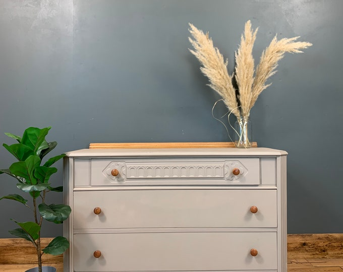 Chest Of Drawers / Painted Drawers / Bedroom Storage/ Shabby Chic/ Painted Grey