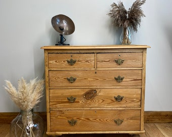 Antique pine Chest Of Drawers / Rustic Chest Of Drawers / vintage drawers