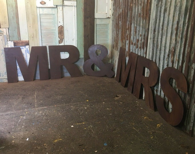 XL MR & MRS Rusty Rustic Letters Sign Metal Home Vintage and Rustic Wedding