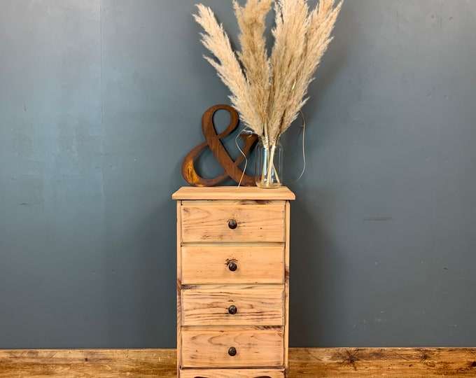 Rustic Pine Drawers / Small Bedside Drawers / Rustic Drawers / Bedroom Storage