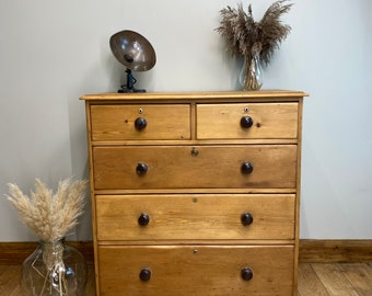 Antique pine Chest Of Drawers / Rustic Chest Of Drawers /vintage Bedroom Drawers