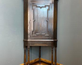 Antique Oak Corner Cupboard / Edwardian Oak Cabinet / Drinks cabinet / Cocktail