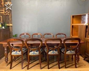 Reproduction Antique Victorian Mahogany Dining Table & 8 Dining Chairs /