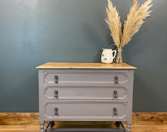 Chest Of Drawers / Painted Drawers / Bedroom Storage/ Shabby Chic/Painted Grey