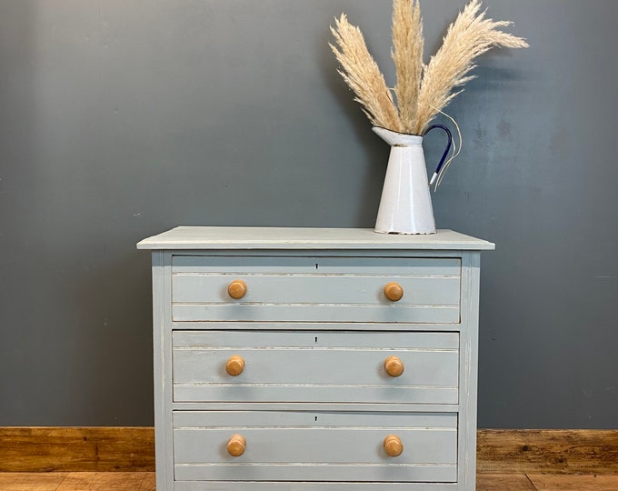 Vintage Chest Of Drawers / Shabby Chic/ Rustic Chest Of Drawers / Light Blue