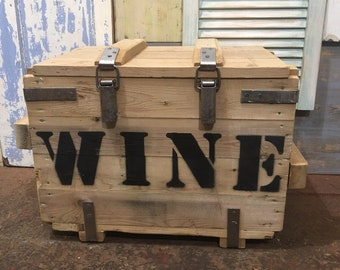 Vintage Reclaimed Pine Upcycled WINE Trunk Chest Box Bottle Storage Cupboard