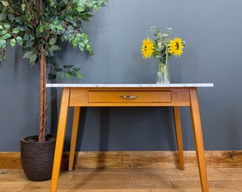 Retro Kitchen Table / Mid Century Table / Formica Top Kitchen Table / Work Table
