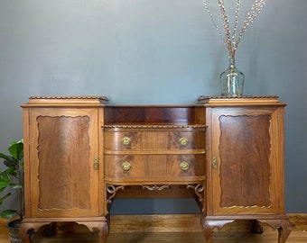 Antique Mahogany Sideboard / Mahogany Buffet Server / Mahogany Dresser