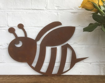 Rusted metal BEE Sign , Home or Garden Ornament , garden Animal Feature , Wall decoration , fence decor , for inside and out . rustic sign
