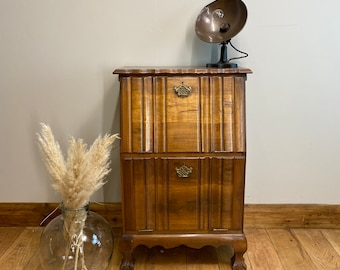 Vintage Home Bar / Cocktail Cabinet / Drinks Cupboard / Vintage Sideboard