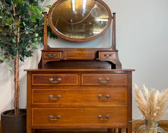 Antique Mahogany Chest Of Drawers / Bedroom Dresser /Chest Of Drawers / Mirrored