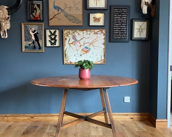 Round Ercol Table Model 377 /kitchen Dining Table /Drop Leaf table /Mid Century