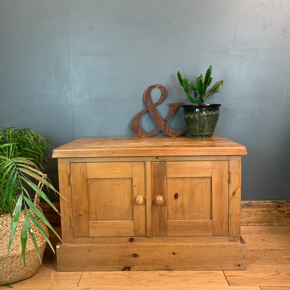 Boho Cupboard Room Rustic Vintage Chunky Pine Storage Tv Stand Shabby Chic