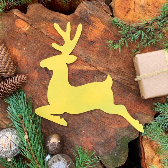 Rustic yellow REINDEER Christmas deer Sign Metal Plaque Home decoration Nordic Rustic