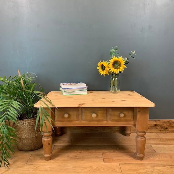Solid Chunky Pine Coffee Table Storage Rustic Shabby Chic Vintage