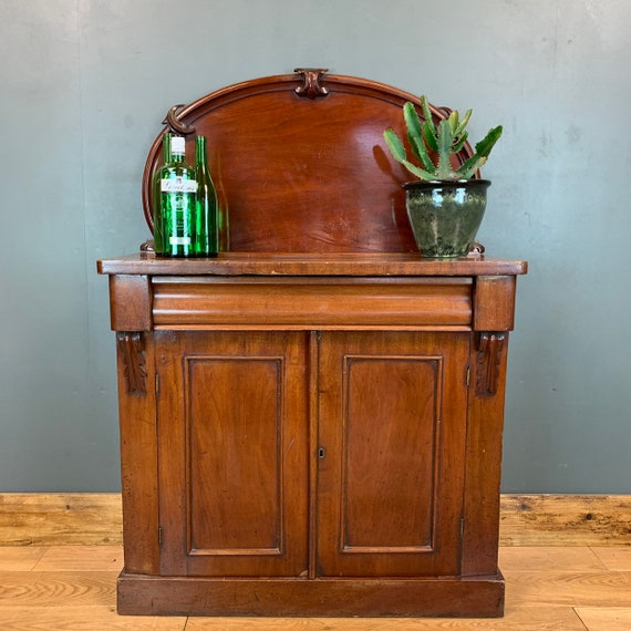 Antique Mahogany Sideboard Buffet Server Cupboard Storage Drawers Rustic