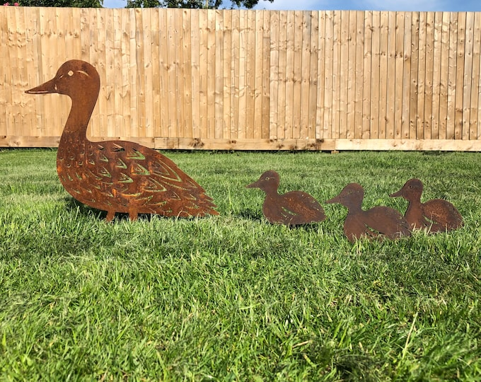 RUSTY DUCK SET , Rusty Metal bird Garden ornament , Garden Feature , garden statue , garden decoration , rusty duck and ducklings
